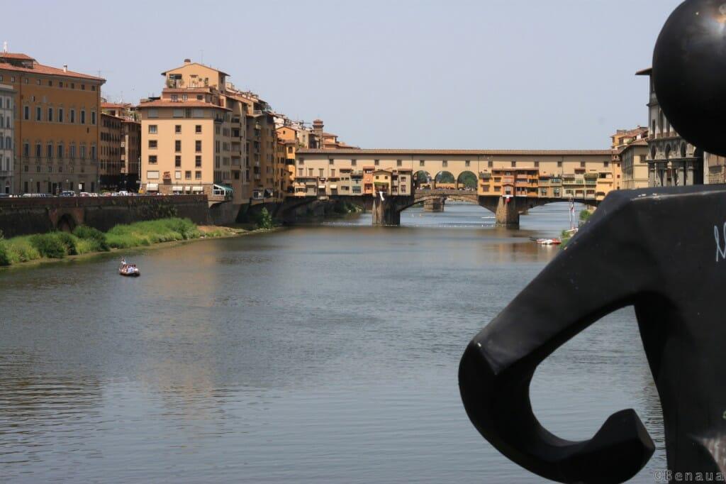 Vue du Ponte Vecchio à Florence en Italie
