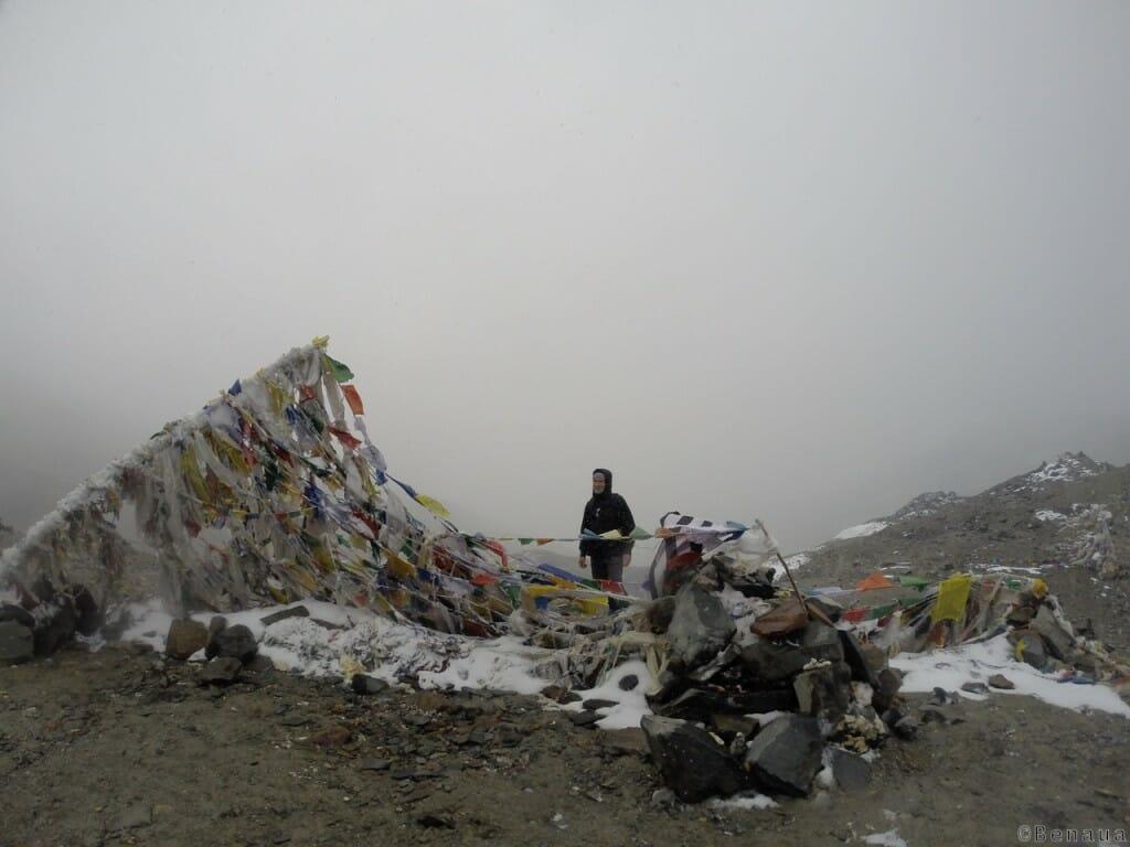 Trek au Zanskar en Himalaya - Drapeau népalais - Benoit Richer