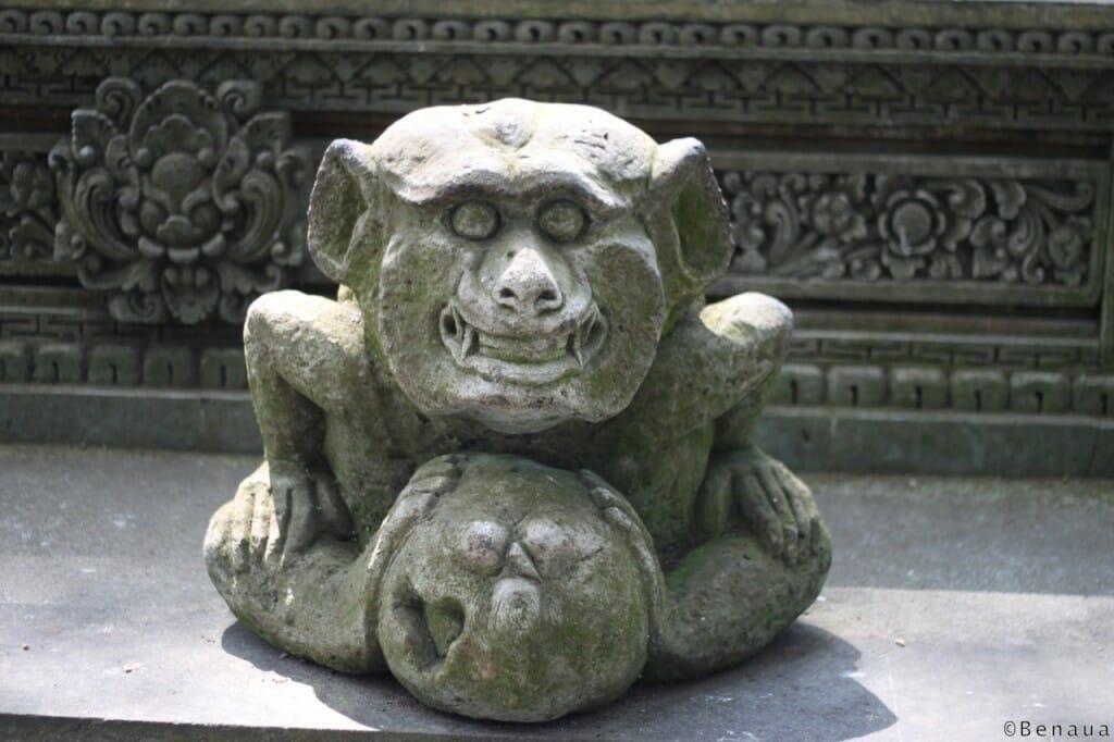 Bali en Indonésie - Statue du Palais Royal à Ubud