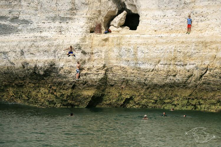 Falaises d'Etretat - Plongeon de la falaise