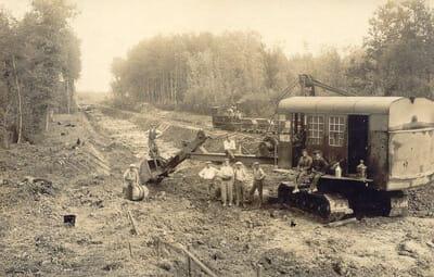 Villages engloutis du Lac du Der - Ouvriers du train