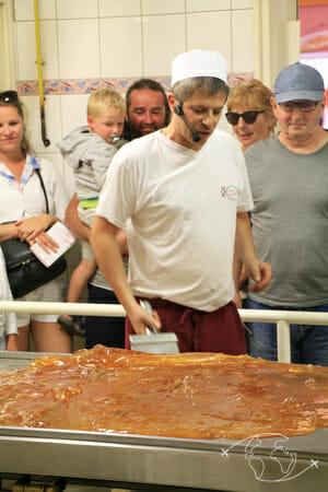 Confiserie des Hautes Vosges - Travail de la pâte à bonbon