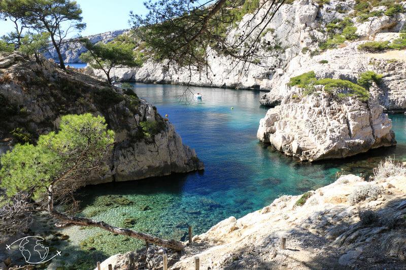 Que faire à Marseille - En bas de la Calanque de Sugiton