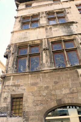 Que faire à Marseille - Plus vieux bâtiment de Marseille