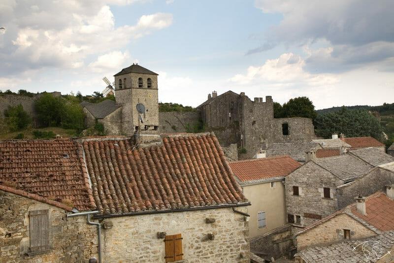 Randonnée Larzac - La Couvertoirade - vue des remparts