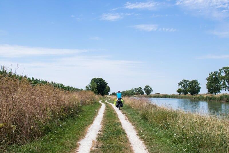 Denni en vélo dans le Marais Poitevin