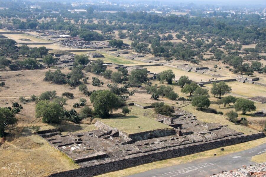 Vue aérienne du site de Teotihuacan