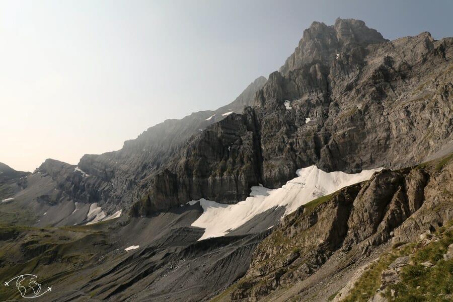 Randonnée suisse - Dans la montée pour le Col de Susanfe