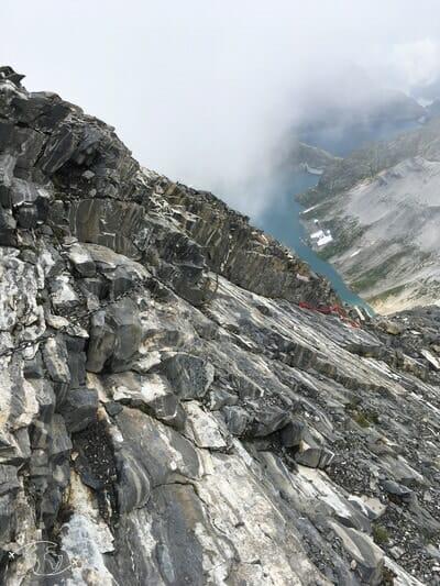 Echelles et chaînes après le Col du Cheval Blanc - Tour du Ruan