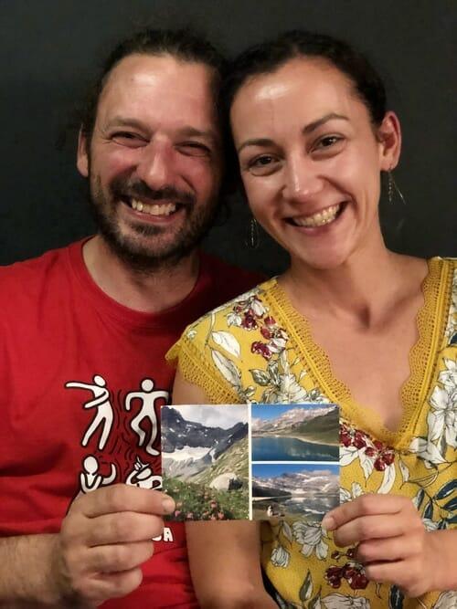 Envoyer une carte postale - François et Anne avec leur carte Popcarte