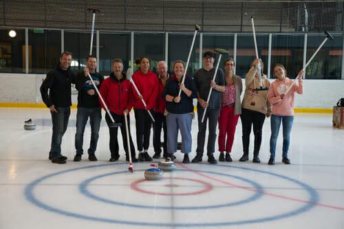 Curling pour tous au Palladium de Champéry