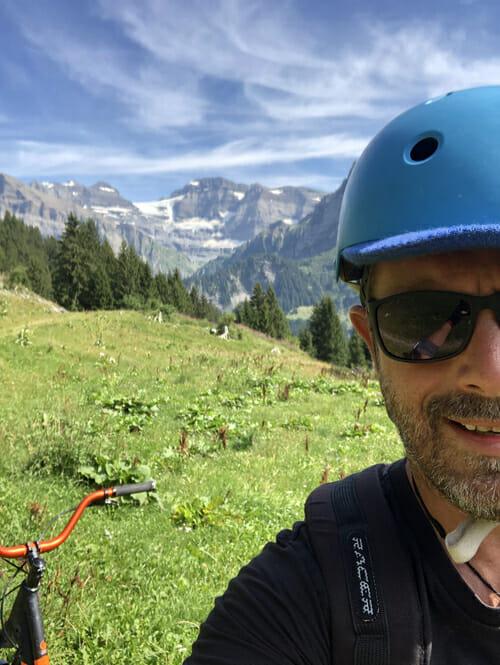 Expérience Trottinette de descente sur Champéry