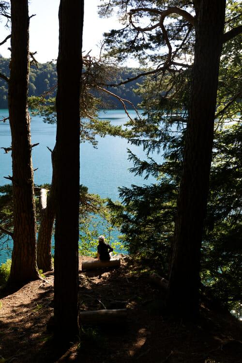 Chloé au Lac Pavin - Boucle du Sancy