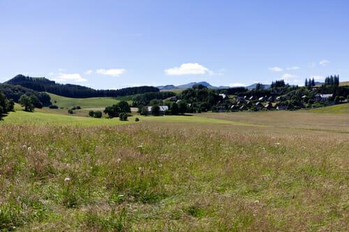 Vue sur Besse-en-chandesse - Boucle du Sancy - Randonnée Puy de Dôme