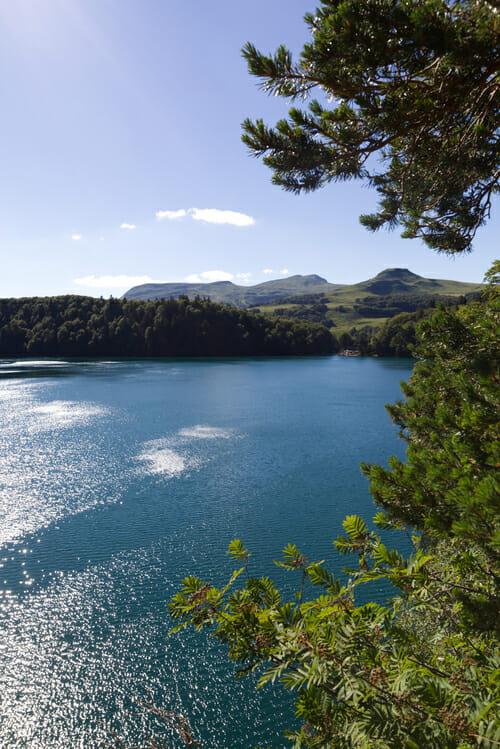 Vue sur le Lac Pavin - Randonnée Puy de Dôme