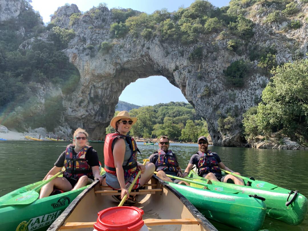 Que faire en Ardèche ? En mode Kayak dans les Gorges