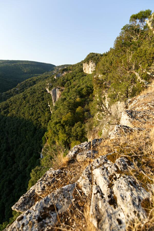 Que faire en Ardèche ? Falaises - Bivouac de Gaud