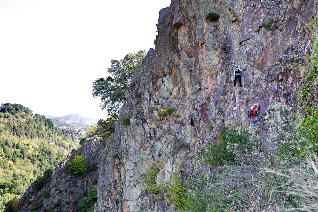 Que faire en Ardèche ? Via Ferrata du Pont du Diable