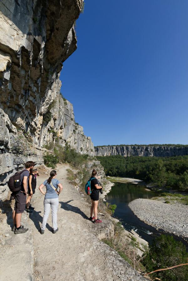 Sur une falaise du Cirque de Gens - Ardèche