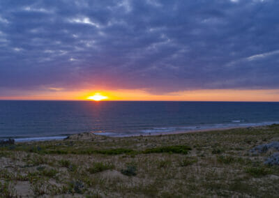 Coucher de soleil sur la plage d'Arna 1 - Naturisme