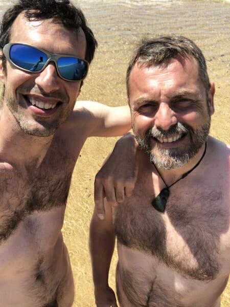 Etienne et moi - Naturisme sur la plage du Camping Arnouatchot