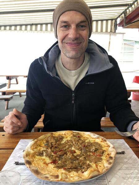 Pizza au restaurant du Camping Arnaoutchot